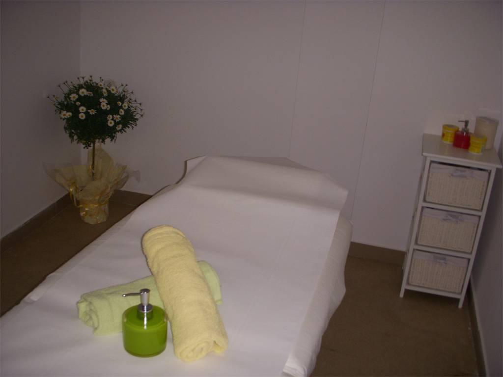 Poza Adio dureri si probleme de mobilitate! 2 sau 4 masaje terapeutice, maseuri acreditati 6