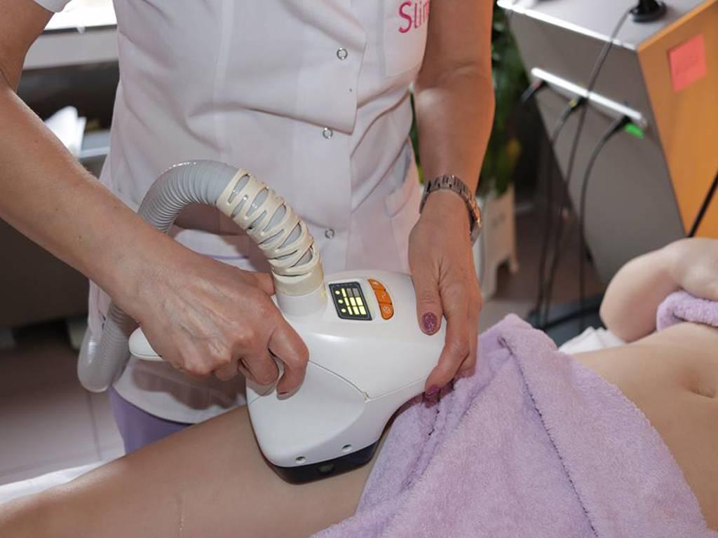 Poza VelaSmooth este solutia ideala pentru combaterea celulitei, conturarea soldurilor, abdomenului sau bratelor! 1 sau 3 sedinte la Clinica Medicala SlimArt! 4