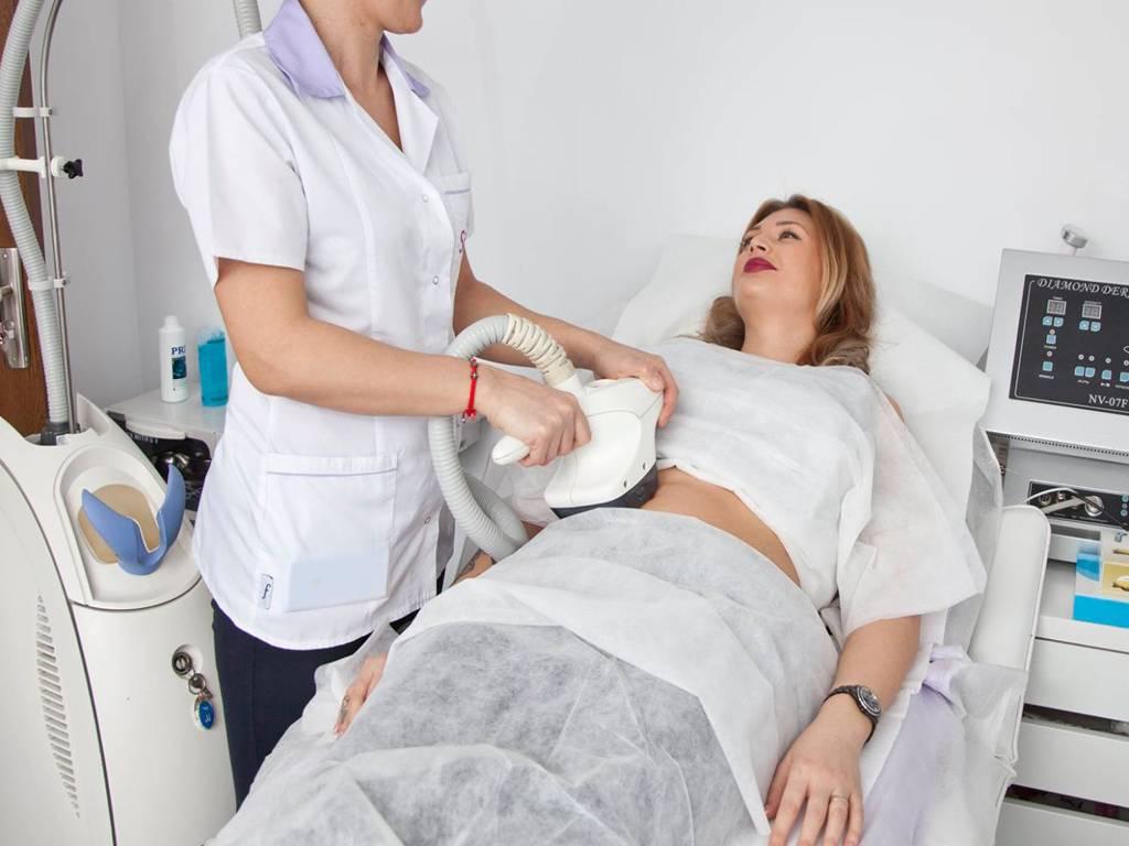 Poza VelaSmooth este solutia ideala pentru combaterea celulitei, conturarea soldurilor, abdomenului sau bratelor! 1 sau 3 sedinte la Clinica Medicala SlimArt! 7